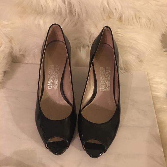 54aa410810 Salvatore Ferragamo Shoes